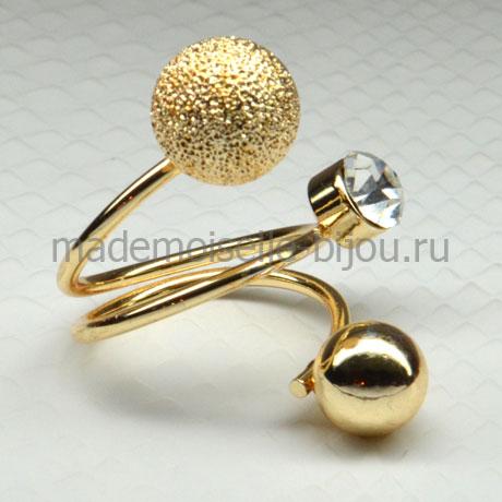 Кольцо с золотым шариком и кристаллом в стиле Диор