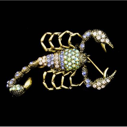 Брошь скорпион