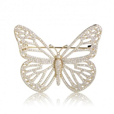 Брошь бабочка с цирконами под золото