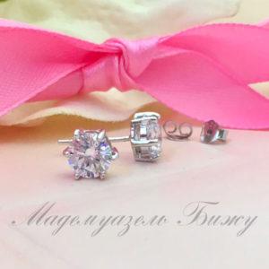 Серьги гвоздики с фианитом Jewellery Tiny. Изящные серьги в виде кристалла. Идеально на каждый день.